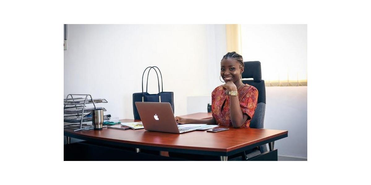 Ghana : Stéphanie Ode Wilson,22ans, Fondatrice et CEO de deux entreprises,immobilière et technologique