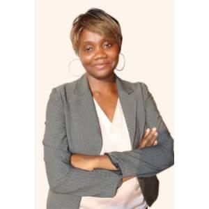 Bertine KALLA epse KOUAM, Directrice Générale de BAMBOO BUSINESS, une spécialiste de la communication digitale.