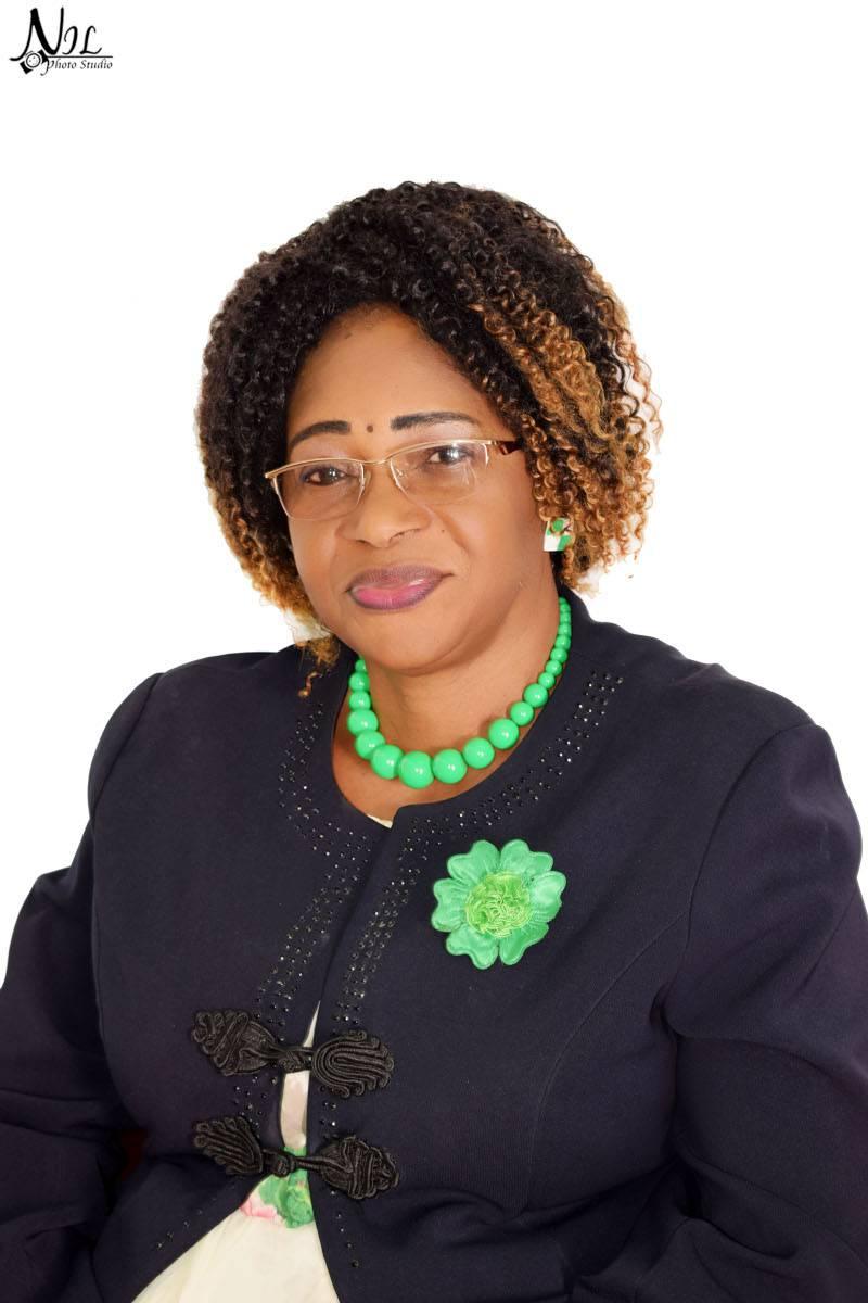 KINZOUNZA Marie-Noëlle, une Haute Fonctionnaire au service de l'Etat Congolais