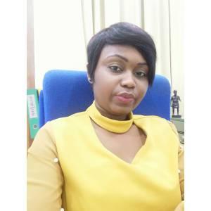 BOMENGA Laurelle, la jeune dirigeante qui s'est imposée à la tête de la Résidence Le Lys