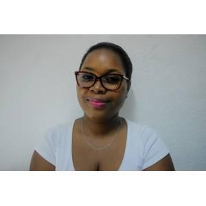 KWIN MAKEMBE Michèle,  une businessWoman spécialisée dans la vente des vêtements en ligne