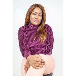 Caroline Solange MBIDA TCHAKOUNTE, serial entrepreneure et pionnière de l'esthétique médicale