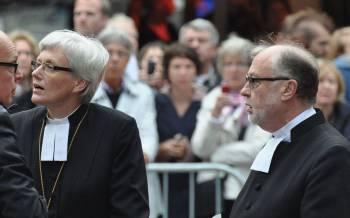 Antje Jackelen (gauche) est premi/u00e8re femme archev/u00eaque de l/u2019/u00c9glise de Su/u00e8de depuis 2013. Holger Motzkau