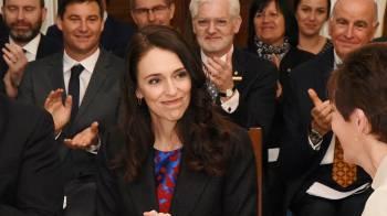 La premi/u00e8re ministre de Nouvelle-Z/u00e9lande, Jacinda Ardern, lors de l/u2019assermentation de son nouveau cabinet. (Wikipedia Commons)