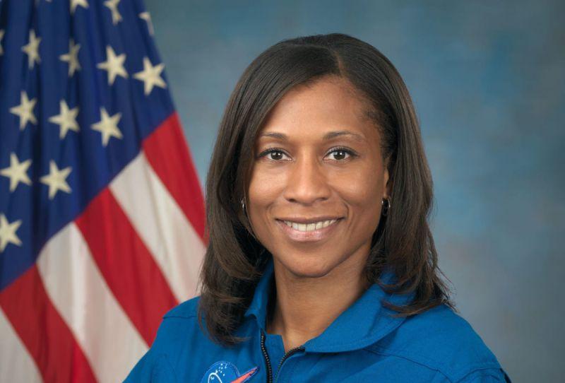 L'astronaute de la NASA Jeanette Epps devient la première femme noire à rejoindre un équipage de la Station spatiale internationale