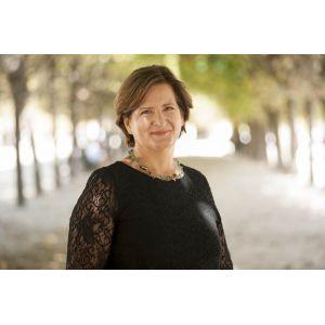 La flamboyante Anne-Catherine HUSSON-TRAORE, Directrice Générale de NOVETHIC et membre du groupe d'experts de haut niveau sur la finance durable de la Commission Européenne