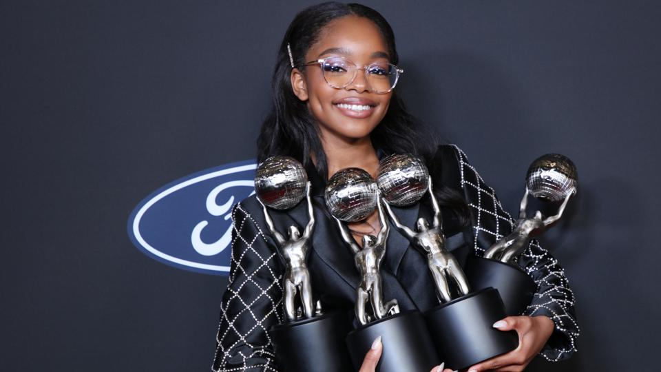 Marsai Martin, la star de Black-Ish, établit un record Guinness en devenant la plus jeune Productrice Exécutive d'Hollywood à 14 ans