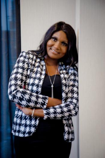 Marthe Carine NJAKOU, Entrepreneure E-commerce
