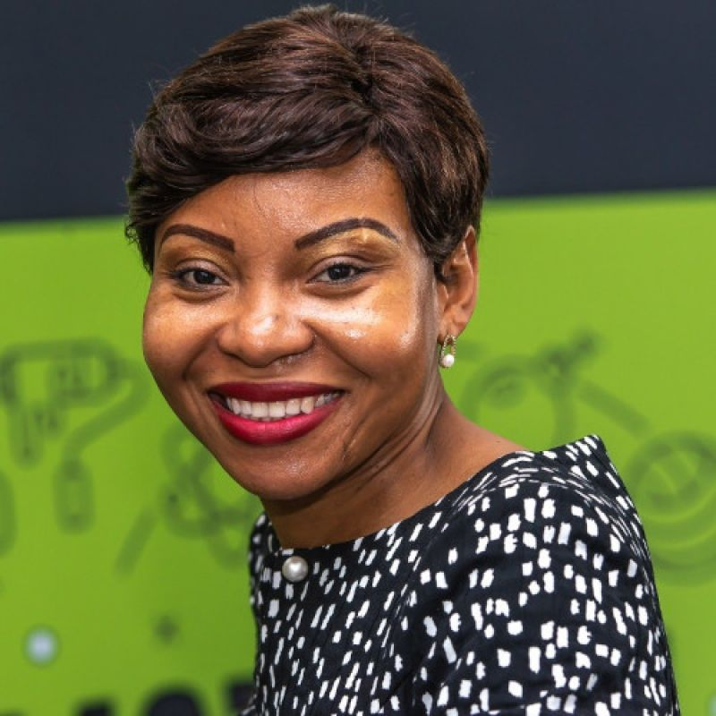 Reine MBANG  ESSOBMADJE,  Première femme 1ère  Vice-Présidente du  Groupement Inter-patronal du Cameroun (GICAM), Fondatrice de Evolving Consulting et Consultante Internationale