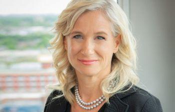 Photo: Fonds de solidarité FTQ Janie C. Béïque, actuelle première vice-présidente aux investissements du Fonds, en deviendra la présidente et cheffe de la direction.