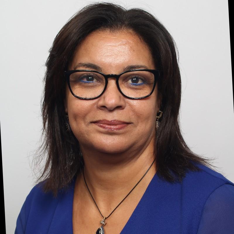 Aziza KHADRA, Ambassadrice, Consultante RSE# Mixité# Parité Femme/Homme