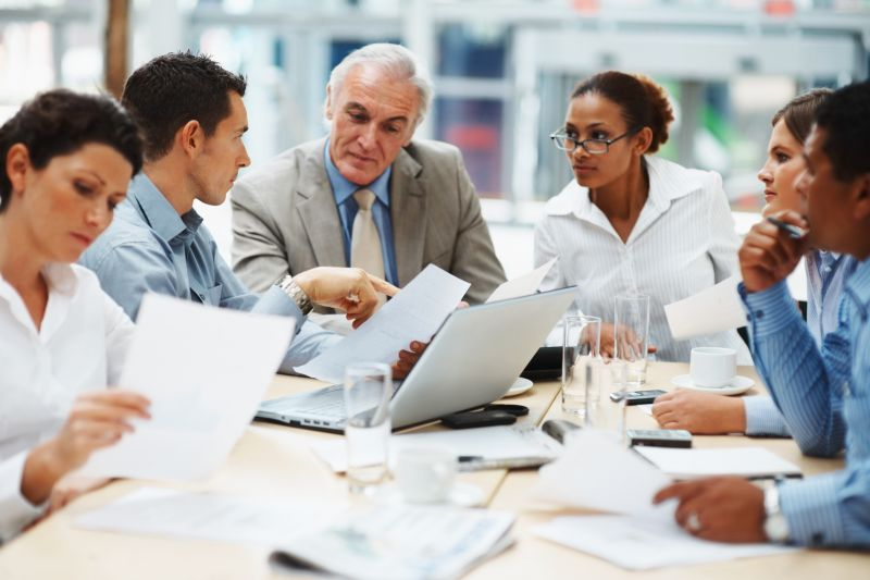 L'égalité hommes-femmes, toujours priorité des salariés en matière de diversité